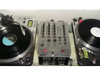 Numark direct drive turntables + mixer