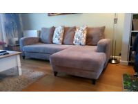 Corner Sofa in great condition from DFS. Cushion backed.