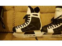 Men's ice hockey boots