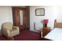 Fully furnished rooms in warm and friendly house share in Liverpool