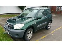 TOYOTA RAV 4. DIESEL 2.0. VERY GOOD CONDITION.