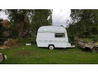 Thompson Mini Glen Caravan