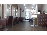 beauty room to rent in a busy salon