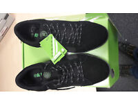 APACHE KICK SAFETY TRAINERS SIZE 10