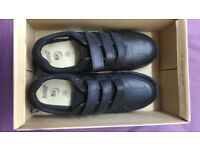 Men's Clark's Shoes black UK size 9.5 trainers.
