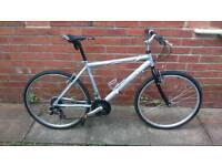 Unisex Raleigh Hybrid bike 18 inch very light aluminium frame, Good condition ready to ride