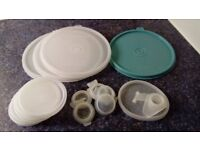 Various items of vintage Tupperware, all in good, clean used condition.