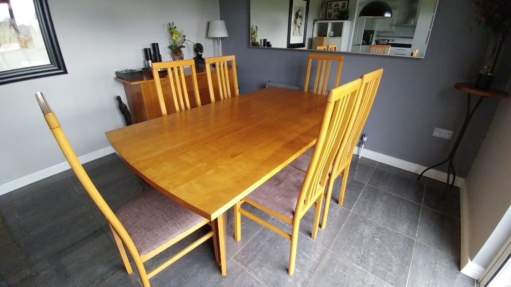 Fultons Dining Table 6 Chairs Matching Sideboard In