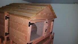 RABBIT HUTCH 4FT X 18 INCH