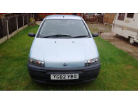 Fiat Punto - VERY LOW MILAGE - Genuine reason for sale - CHEAP CAR!!