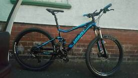 Giant stance maontain bike 2017 top spec