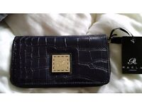 NEW NAVY PURSE