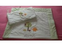 Baby cot bumper and quilt sets