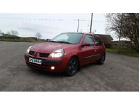*!*BARGAIN*!* 2002 Renault Clio 1.2 8v **FULL YEARS MOT** **97k GENUINE MILES** **LOW INSURANCE**
