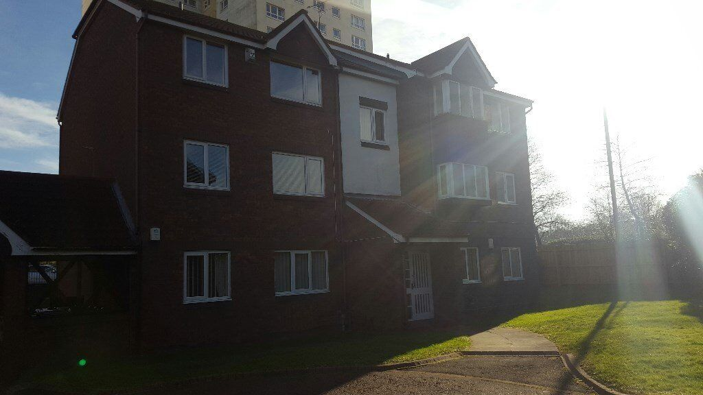 SUPERB 2 BED APARTMENT-The Strand, Lakeside Village, Sunderland, Tyne and Wear, SR3 3DS