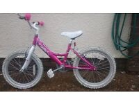 Daws Lottie Girls Bike aged 4-8for sale (stabilisers available if wanted)