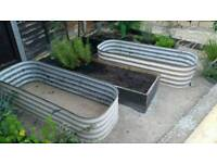 Metal corrugated planter / raised bed