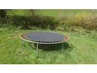 10 foot diameter trampoline