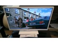 JVC Smart 24 inches TV with DVD Player -line on screen