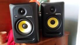 Pair of Rokit 5 Monitors/speakers