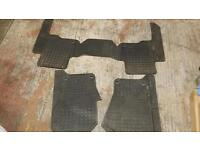 Land rover Discovery 3. Floor mats.