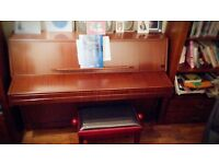 Piano payed £600 want £180