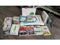 Nintendo Wii, Wii Board plus lots of games - ONO