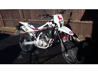 2013 Husqvarna sms4 125cc (4stroke) 8100 miles
