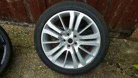 GENUINE RANGE ROVER HSE SINGLE ALLOY WITH TYRE