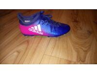 Adidas girls football boots Techfit size 3