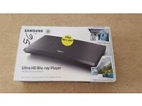 Samsung UBD-M9000 Blu-Ray / DVD Player + 2 Blu-Ray Discs, Brand New