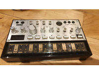 Korg Volca Bass with power supply