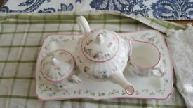 RARE ROYAL WORCESTER FORGET ME NOT PINK TEA SET
