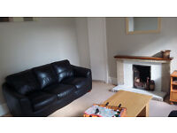 Spacious 2 Bedroom Fully furnished Flat for Rent in George Street Aberdeen