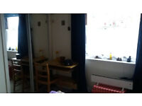 Double room for a regular 1 or 2-5 days a week or just short stays in a shared flat