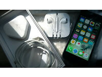 ACT FAST! | UNLOCKED IPHONE 5S | 16GB | FULLY WORKING | (NOT 4 4S 6 6S )