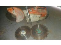 TS400 STIHL SAW & 3 DIAMOND DISCS