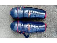 Ice Hockey leg pads guards
