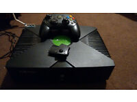Original Xbox pal plus one S controller msg me for game list