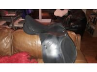 Thorowgood Pony saddle long leg 16 and a half with interchangeable gullet