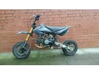 125cc pitbike black
