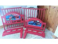 Excellent clean condition lightning mcqueen cars 2 bed