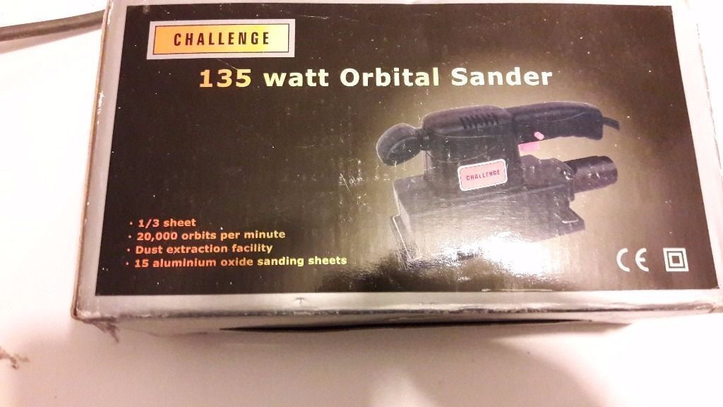**BRAND NEW SANDER**NEVER USED**COMES WITH 15 SANDING SHEETS**ONLY £10**BARGAIN**NO OFFERS**