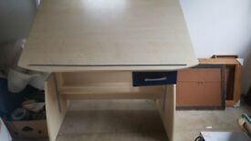 Adjustable drawing drafting desk