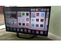 """LG 42"""" led smart TV with WiFi, freeview HD & Freesat"""
