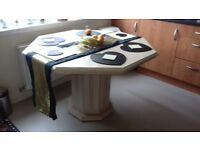 Delorme dining table