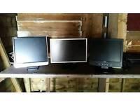 3x PC Monitors