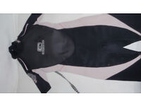 3 kids childs wetsuits c skins and Alder good quality makes fit 5 - 8 years approx