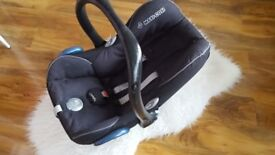 Maxi-Cosi Group 0 car seat