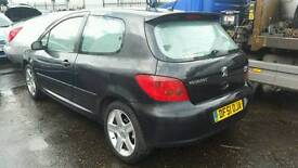 Peugeot 307 2.0hdi 2001reg breaking for parts